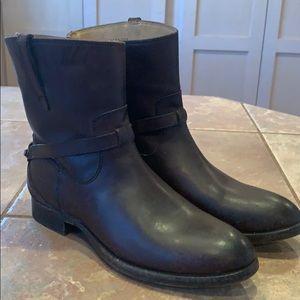 Frye Lindsay short Moto boots booties leather